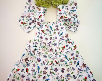 Mono stamped flowers, monkey stamped flowers, mono with Ruffles, ruffles on suspenders, Breastplate of flowers, stamping pichi,