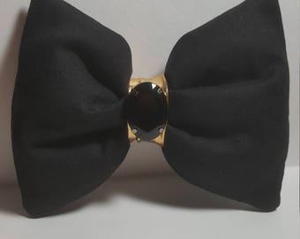 Black fluffy bow