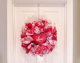 Valentines Wreath - Valentine's Day Wreath - Valentine Wreath - Handmade Wreath - Valentine Decoration