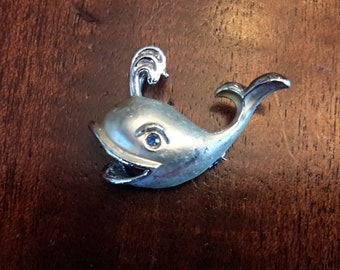 Extremely Cute Little Rhinestone Whale Pin Brooch