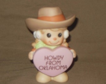 Precious Moments Short n Sweet Cowgirl figurine Howdy from Oklahoma  HAND SIGNED Sam Butcher with box