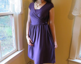 Nursing Dress Signature Collection Purple Dress Size Small