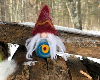 Meet Helge. My lil hand felted Gnome/Nisse.