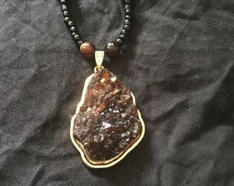 Raw Agate Pendant Necklace