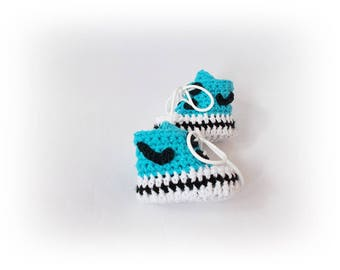 Crochet baby shoes Baby sneakers Newborn shoes First shoes Coming home Convers Baby gift Yeezy sneakers boots Baby shower gift