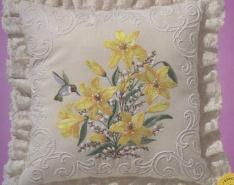 Janlynn Candlewicking Embroidery Lilies