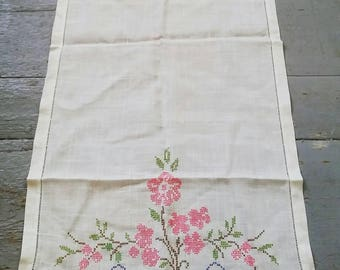 Long white hand embroidered table runner. Vintage long linen tablecloth. White linen runner.
