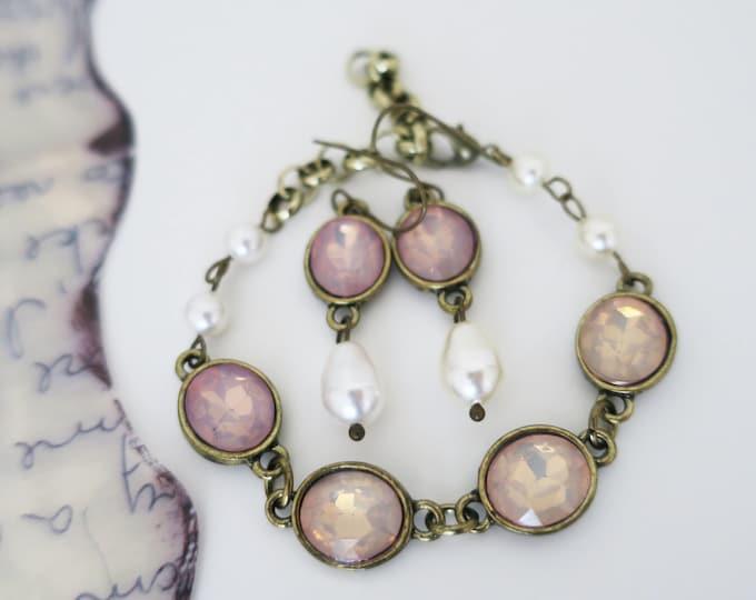 Blush Pink Bracelet Earrings Jewelry Set Swarovski Pearl Fire Pink Opal Pastel Wedding Peach Beige Bridesmaid Jewelry Set Antique Gold
