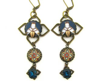 History's Queens & Historical Female Figures Collection - Queen Elizabeth I Medieval Medallion Earrings with Blue Zircon Czech Glass Beads