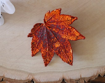 Maple Leaf Brooch Copper, Hair Pin, Full Moon Maple Leaf Pin, Real Leaf, Copper Leaf, Hat Pin, Orangic Pin, Nature, BROOCH91