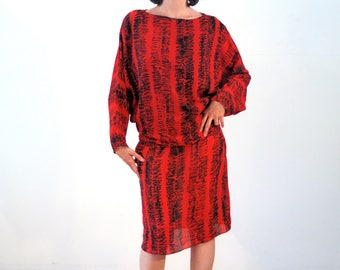 Gaenor, 80s Red Print Dress M L, Batwing Sleeve Dress, Dropped Waist Dress, Avant Garde Dress, Red and Black Dress, Silky Dress with Sash
