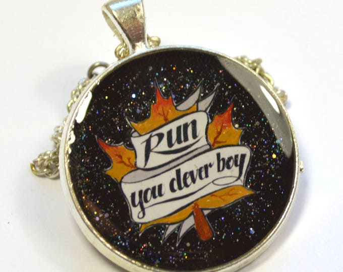 """Doctor Who Dr.Who Clara """"Run You Clever Boy"""" Hand Painted Resin Pendant"""