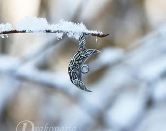 Ithilien mini - carved silver Moon pendant with a moonstone and miniature leaves, limited collection