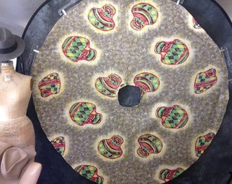 Vintage 1950's Mexican circle skirt novelty print pots red yellow green dots