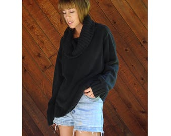 Black Oversized Turtleneck Sweater - Vintage 90s - L
