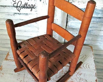 """ViNTaGe ToY RoCKiNG CHaiR - 11 1/4"""" TaLL"""