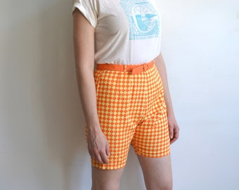 Vintage 60s Orange + Yellow Checkerboard High Waisted Shorts with Matching Belt/ Clam Diggers/size 28