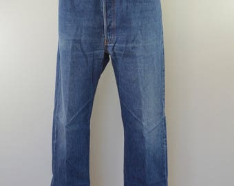 Vintage LEVI'S 501 w40 l32 Made In USA red tab 90's denim blue jeans