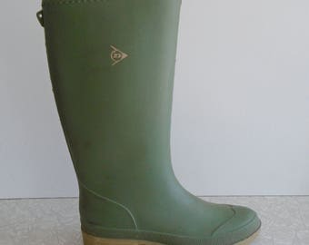 green dunlop rubber boots, vintage rubber boots, uk wellington wellies, mens womens unisex size 37, US size 5, gardening outdoor rain