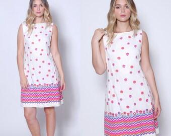 Vintage 60s GRAPHIC Shift Dress ALEX COLMAN White Sleeveless Floral Dress Mod Dress