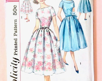 1950s Dress Pattern Simplicity 2449 Full Skirt, Fitted Bodice, Bateau Neckline, Kimono Sleeves. Inverted Pleats, Vintage Sewing Pattern
