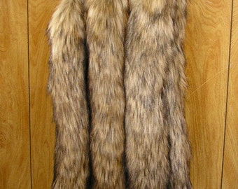 """Timer Wolf tail, costume clip on tail, faux fur tail 19"""" long with a spring clip, tail has a core for a realistic feel ready to ship"""