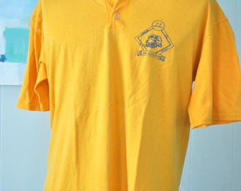 Button Tshirt Lions Club Tee Goldenrod Gold Simple Classic Plain XL