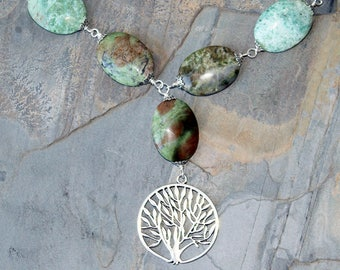 Tree of Life Necklace, Natural Stone Necklace, Gaspeite Necklace, Green Necklace, Green Stone Necklace, Tree Jewelry, Statement Necklace