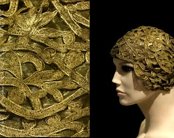 Exceptional 1920s Cloche. Gold Bullion Cutwork Lame Lace and Organza. Flapper. Jazz Age. Art Deco. Hat. Evening. Wedding.