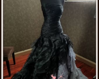 Gray wedding dress etsy gorgeous black and gray wedding dress with organza layers junglespirit Image collections