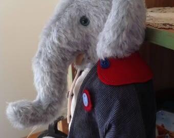 Hampton Bears Elijah, antique style Artist Elephant