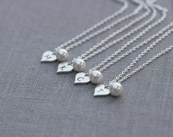 Bridal Party Gift, Personalized Bridesmaid Necklaces for Bridesmaid Gift Set of 5, Heart Initial Necklace, Pearl Bridesmaid Jewelry