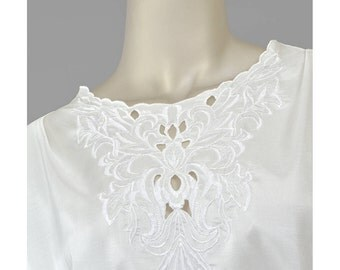 Vintage 80s Blouse Edwardian Style Floral Embroidered White Blouse Short Sleeve Pullover Cutwork Embroidery Top Plus Size Secretary