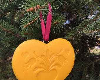 Beeswax Ornament - Heart on Heart with tulips - 5 in wide
