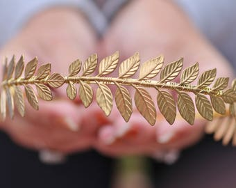NEW GOLDEN Delicate Vine Branch Headband,Bridal Wreath Tiara,Gold Branch,Leaves,Floral Spray,Vine Headband,Wedding,Woodland,Headpiece