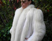Beautiful bold cream fox fur coat / jacket / outerwear