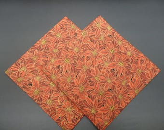 Poinsettias, Christmas Dinner Napkins, Red Holiday Napkins, Floral Napkins, Hostess Gifts, Newlywed Gifts, Set of 2