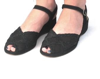 1940s Shoes, Peep Toe Wedge Sandals, Size 7 Black Peep Toe Sandals