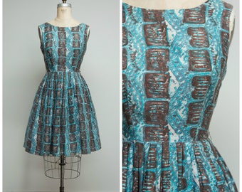 Vintage 1950s Dress • Central Park • Turquoise Brown Printed Cotton 50s Day Dress with Full Skirt Size Medium