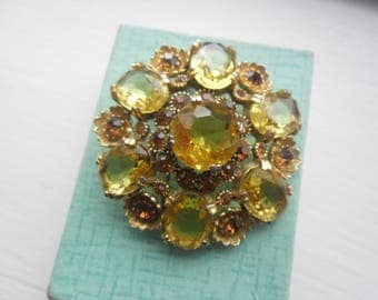 Sphinx Goldtone Brooch, Brown Topaz and Citrine Yellow Coloured Stones