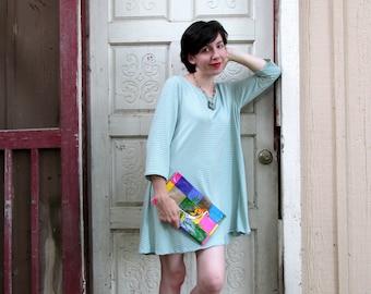 "Retro Bird Oilcloth Bag for makeup, toiletries, clutch purse. Regular size, 10.5"" by 6.25"""