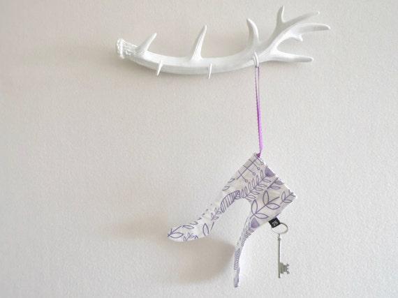 Magic Santa Key Christmas Ornament, Santa's Magic Key, Modern Holiday Decoration Tradition for Children Kids Boy Girl, Elf Stockings