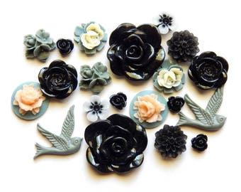 20 Pieces Assorted Victorian Cottage Resin Flower Cabochons- 10 Matching Pairs (Lot #20)