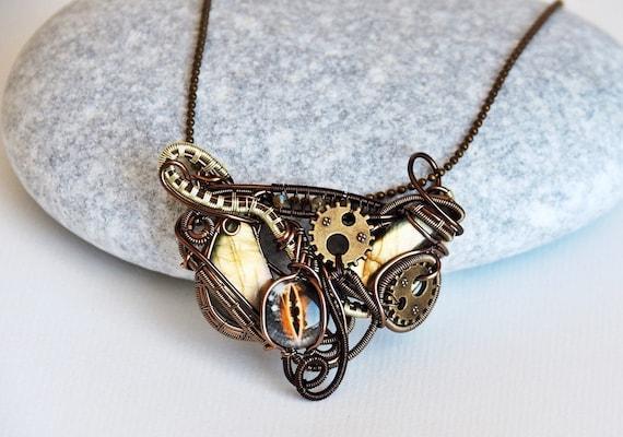 Heady wire wrapped pendant Labradorite wire wrap necklace Steampunk jewelry Gift for women Dragon eye Bronze Gears