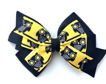 4 inch owl hair bow - layered pinwheel bow, black & yellow owl bow, halloween bow, fall bows, 4 inch bows, girls hair bows