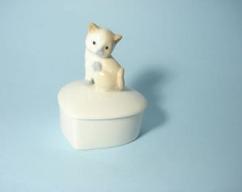 Vintage Kitten Ring Dish - Retro Cat Decor - Ceramic Heart Dish with Lid - Japan Otagiri