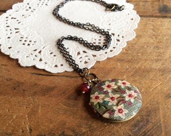 Floral Fabric Locket - fabric jewelry floral locket floral necklace locket necklace