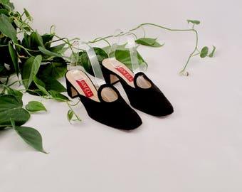 satin mules / cut out mules / black mules / 8.5 - 39 / black slides / black slip ons / block heel mule / minimalist mule / block heel slide