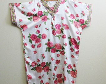 Pink White Rose Bouquet Caftan One Size - Winlar - Satin Resort Dress
