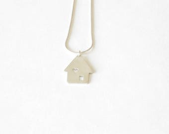 Tiny house necklace in sterling silver-Handmade silver home pendant-Everyday jewelry-Housewarming gift-Gift for her